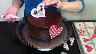 Chocolate  Sweetheart Cake - How To- Cake Decorating