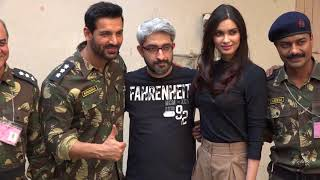 John Abraham & Diana Penty POSE For Media After Parmanu PHOTO-SHOOT