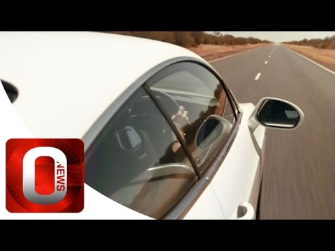 Bentley 331 km/h on unlimited road with a Continental GT Speed [HD] (Option Auto News)