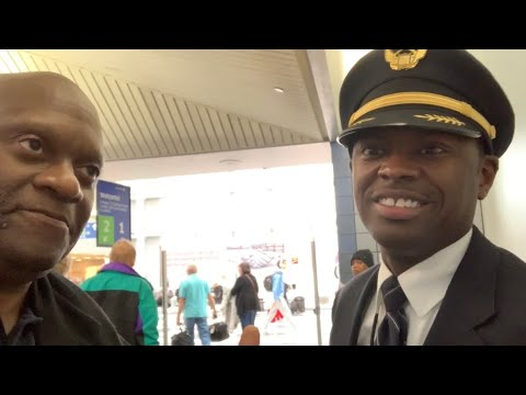 United Airlines Pilot Makes Life-Saving Landing At Very Windy Chicago O'Hare Airport