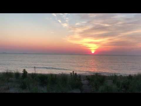 Download Sunrise At Primehook Beach