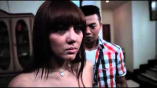 Download Video kompilasi adegan hot bella shofie di film rumah pondok indah HD MP3 3GP MP4