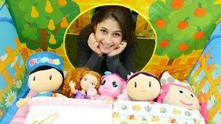 Oyuncak kreşi - PARMAKLAR şarkı söylüyor! Anaokulu oyunları.