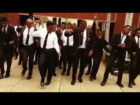Nayi le walk ay this one is too much🔥🔥🔥
