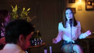 Nina Pušlar - Sva super par (acoustic OFFICIAL VIDEO)