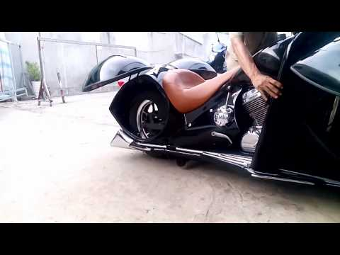 Honda Shadow 600 Custom inspired Henderson 1930