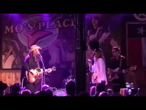 "Chris Stapleton - ""Parachute"" at Mo's Place, Katy TX 10.23.15"