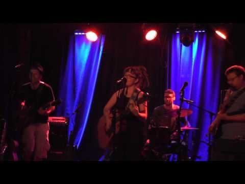 STAGESIDE: Episode 7 - Zoe & The Lost Boys Live at The Moustache Club