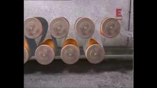 видео Мини производство бумаги макулатуры