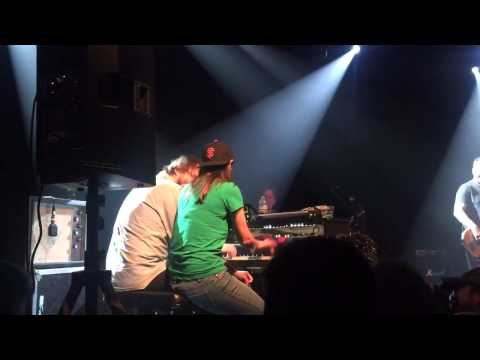 Holly plays Atari with Marco Benevento The Independent 2015