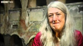 Mary Beard Shows us a Remarkable Ancient Roman Communal Tomb - Meet the Romans - Episode 2 - BBC Two
