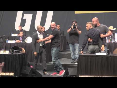 Jose Aldo and Conor McGregor Altercation at UFC's 'Go Big' Press Conference