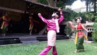 Download Mp3 Tari Dangkung Karimun, Sanggar Tari 'selendang Delima'