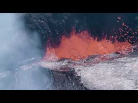 Kīlauea Volcano, Halemaʻumaʻu Crater, Summit Vent Lava Lake (4K B-Roll)