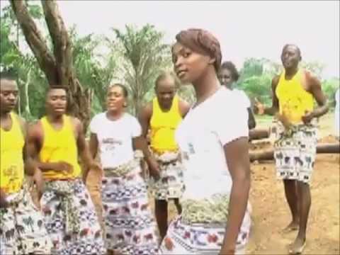 Punu Danse traditionnelle IKOKU 2