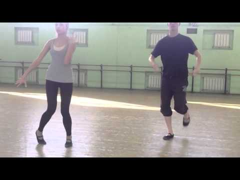 видео: Хитрое движение лезгинки-очень медленно под счет.