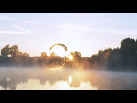 Flying in dreams - Paramotor 4K