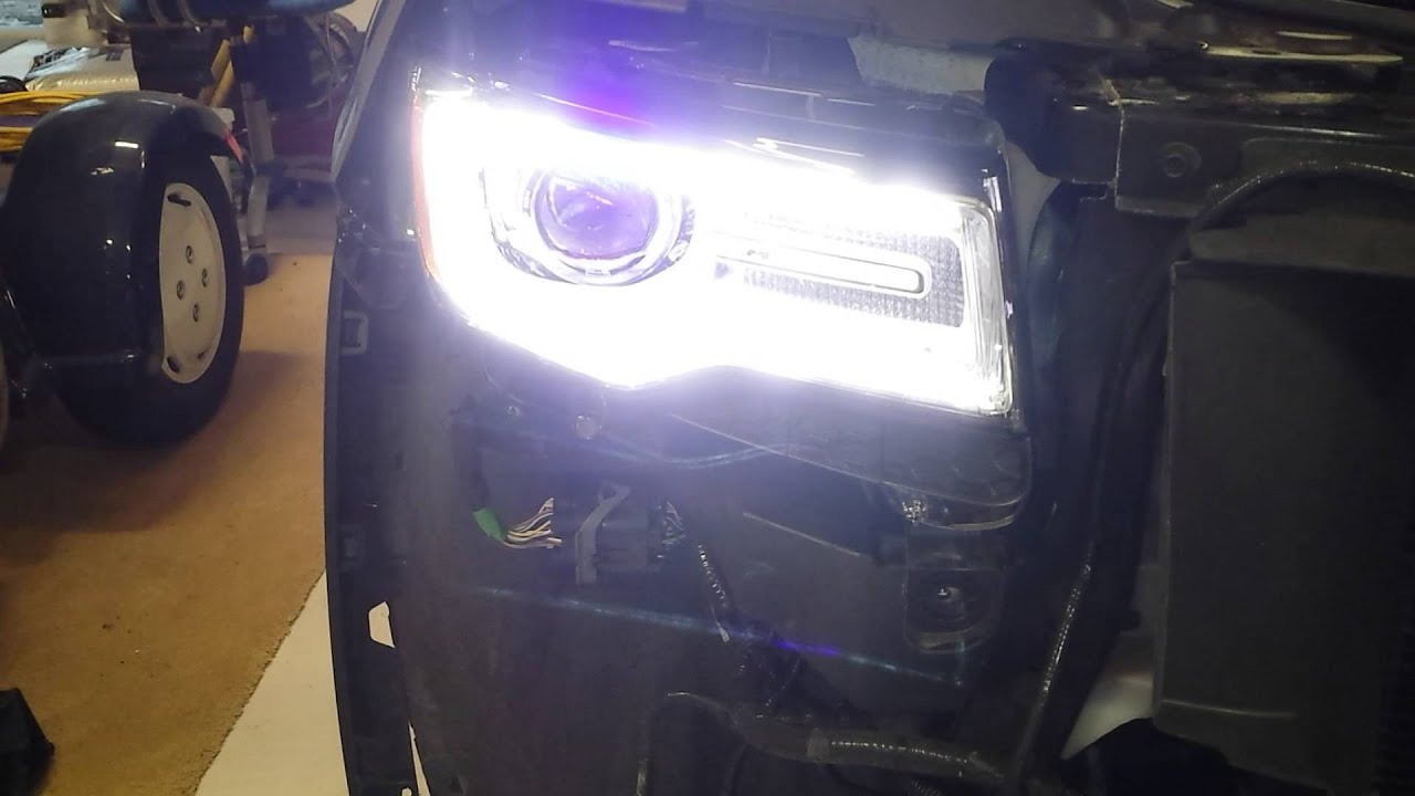 2014 Jeep Gc Hid Led Flickering Youtube