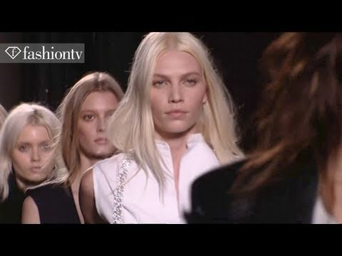 Arizona Muse @ Runway Finales 1 - Fall 2011 Paris Fashion Week | FashionTV - FTV.com