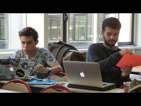 """ATELIER """"TV LAB"""" - Les étudiants de l'EFJ en formation vidéo (tournage / montage)"""
