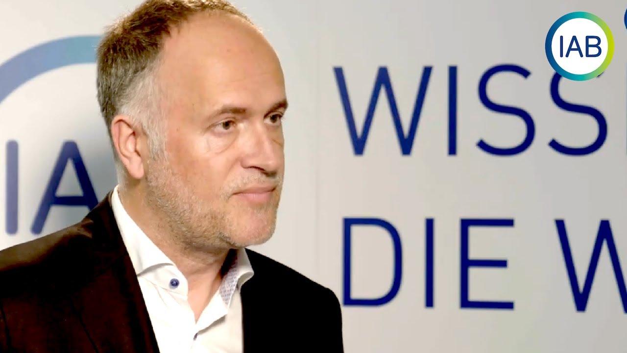 """""""Viele Selbstständige überlegen ins Ausland zu gehen."""" Dr. Andreas Lutz (VGSTD) im Interview"""