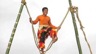 PLAYING on TIGHTROPE No Protection - Atraksi Tali REOG PONOROGO - Giant Mask Dance [HD]