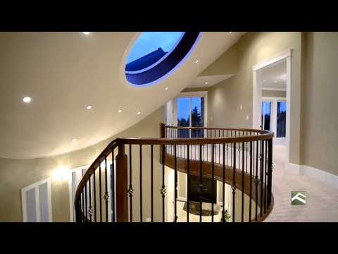 2575 Marine Drive For Sale by Eric Christiansen