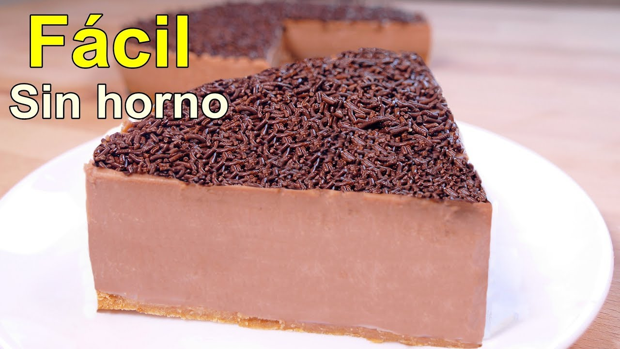 Como hacer una torta sencilla de chocolate for Como decorar una torta facil y rapido