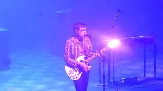"WEEZER ""WEEKEND WOMAN""( NEW TRACK FROM NEW ALBUM) @ ANCIENNE BELGIQUE BRUSSELS BELGIUM"