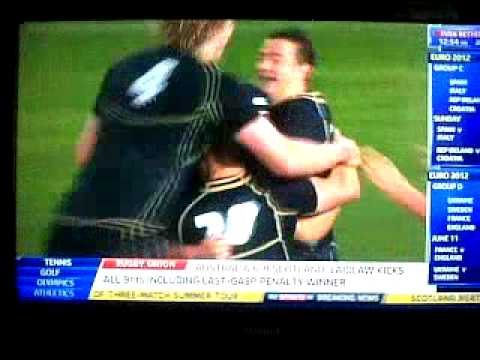 Scotland 9 - 6 Australia celebration headbutt!