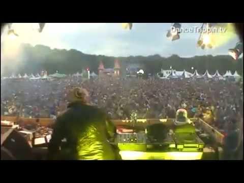 Roger Sanchez Live @ A Day at the Park 2010 - DanceTrippin.tv - Excerpt 1