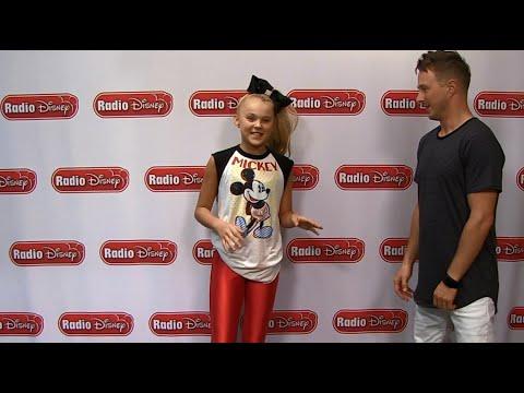 JoJo Siwa Boomerang Dance | Radio Disney