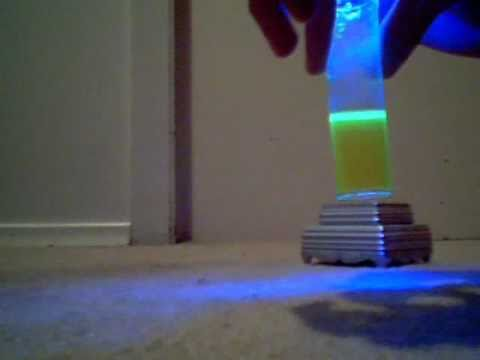 Make Water Glow Without A Black Light Youtube
