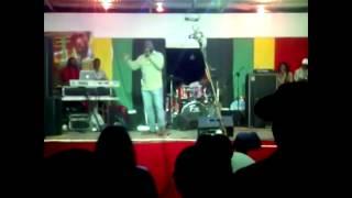 Sizzla Birthday Bash 2014 - Louie Culture performance