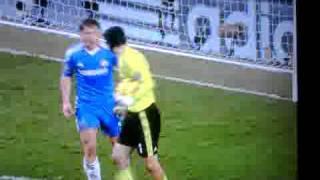 Petr Cech vs Ivanovic during Chelsea - Liverpool