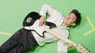 Rich Brian Pamer Bakat Nge-dance di Video Klip Love In My Pocket