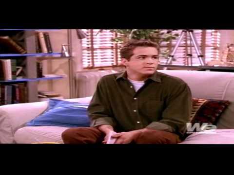 Ryan Reynolds as berg tribute