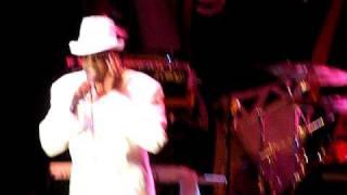 Charlie Wilson sings Can