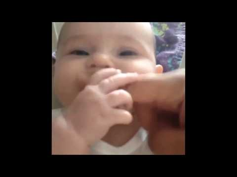 Funny Baby Video | cute baby finger song  ★ 7 second FUNNY Videos  thumbnail