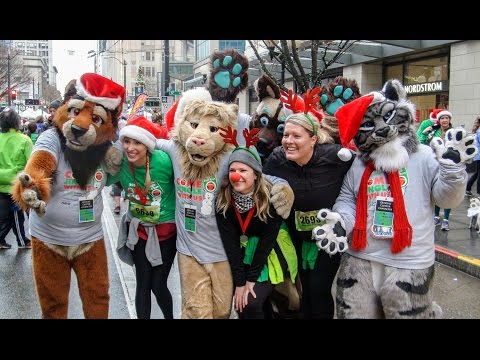 Emerald City Critters At 2016 Jingle Bell Run Seattle