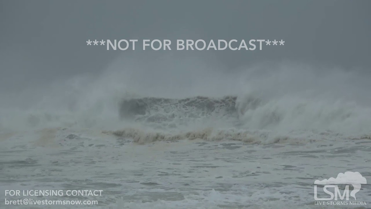 10 2018 Sunnyside Fl Hurricane Michael Waves And Surge Flooding Into Beach Condos