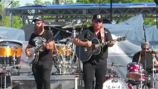 Luke Combs 2017 Gulf Coast Jam - When It Rains it Pours