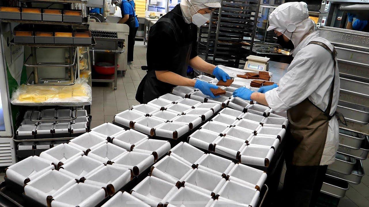 나무로 쪄서 만드는 수플레? 세계 제빵대회 챔피언의! 초콜릿 수플레 케이크  Making chocolate cheese souffle cake - Korean street food