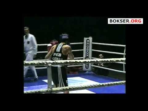 56 kg: Marek Jędrzejewski vs Denis Makarov