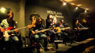 Tình Yêu Muôn Màu (Holyland Cafe cover)