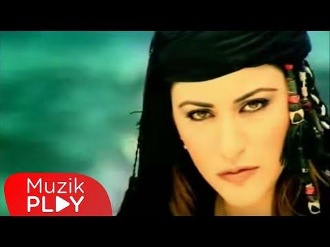 Zara & Ekrem Düzgünoğlu - Bir Fırtına Tuttu Bizi