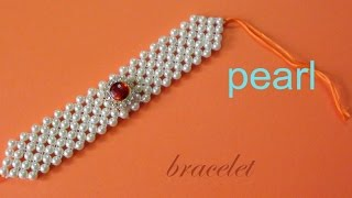 How to make a pearl bracelet