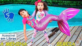 👋🏻 LIBRAS 👋 Valentina Pontes e sua que Amiga Virou Uma Sereia Aquática