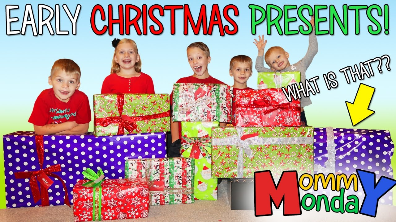 EARLY CHRISTMAS PRESENTS!! || Mommy Monday - YouTube