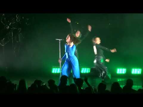 LORDE  Green Light  Berlin Tempodrom  15102017